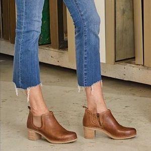 Dansko Harlene Ankle Boots Leather Tan Size 39